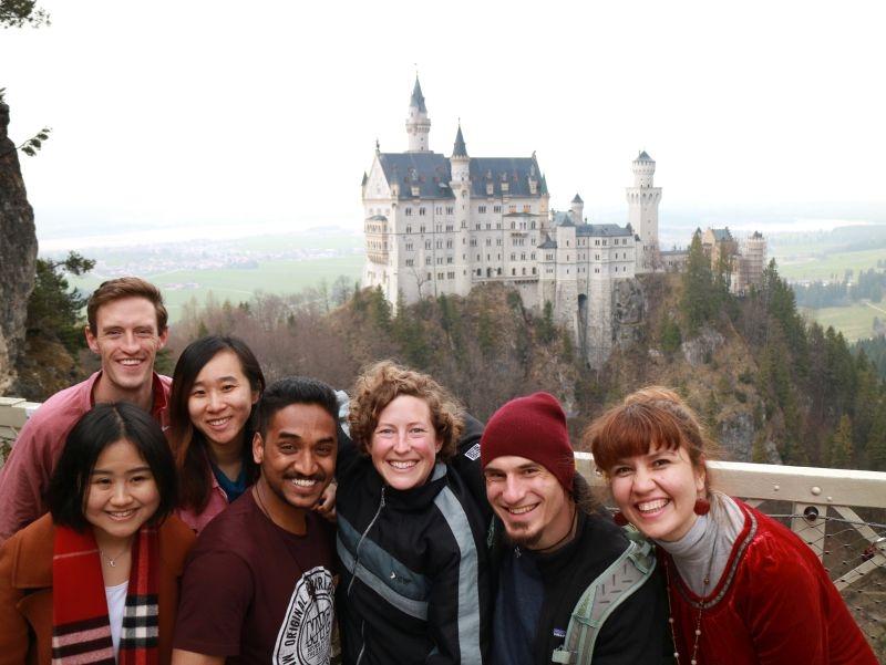 Diakonin Protze mit internationalen Studenten zu Besuch